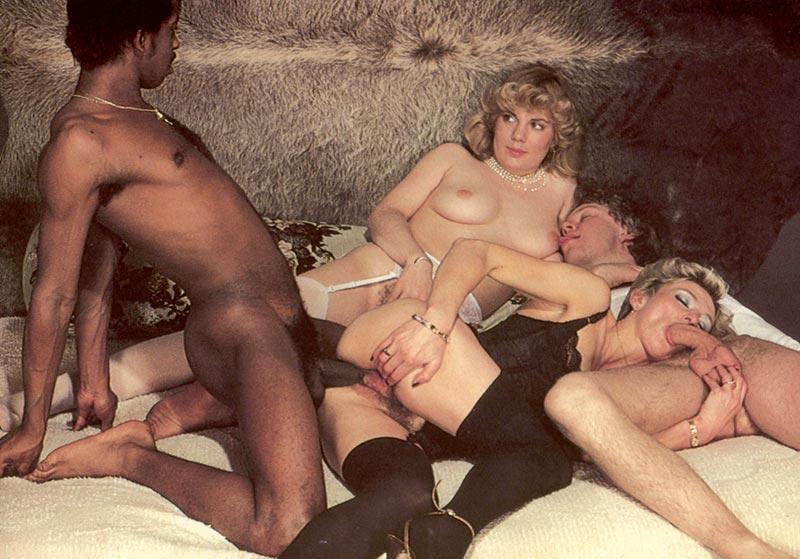 Смотреть бесплатно русское порно ретро фото 60-976
